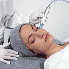 Косметологические процедуры с Аrtistry Dermasonic