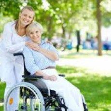 Транспортировка, сопровождение пациентов в/из больницы на личном авто