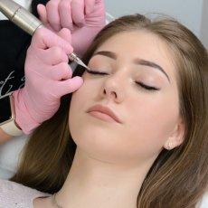 Микроблейдинг / Перманентный макияж век, губ и бровей