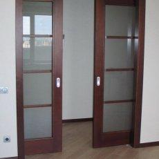 Установка комнатных дверей
