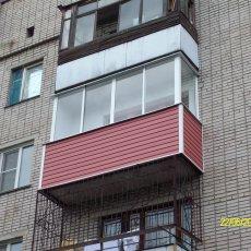 Остекление балконов в Барнауле