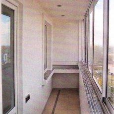 Остекление и утепление балконов в Новосибирске