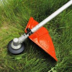 Стрижка травы и кустарников