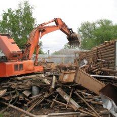Демонтаж построек и перегородок