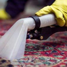 Химчистка Чистка ковров и диванов с выездом на дом