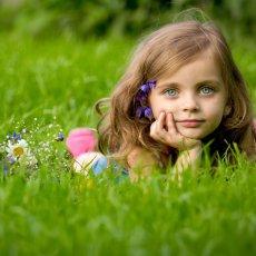 Требуется няня с проживанием для девочки 2-х лет