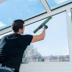 Мытье балконов и лоджий, окон