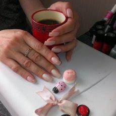 Наращивание ногтей, маникюр, покрытие SHELLAC