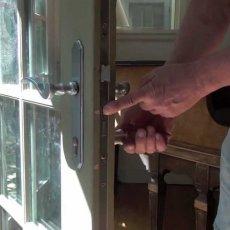 Замена разбитого стекла в межкомнатной двери в Лобне, Долгопрудном